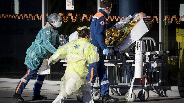 Fransa'da sağlık görevlilerine ek gelir sağlamak amacıyla kampanya başlatıldı: 1 SMS 5 Euro
