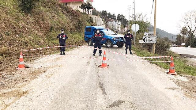 Kastamonu'da bir köy koronavirüs salgını nedeniyle karantinaya alındı