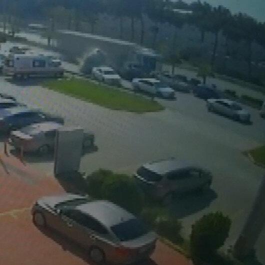 Hatayda feci kaza kamerada: 5 ölü 15 yaralı