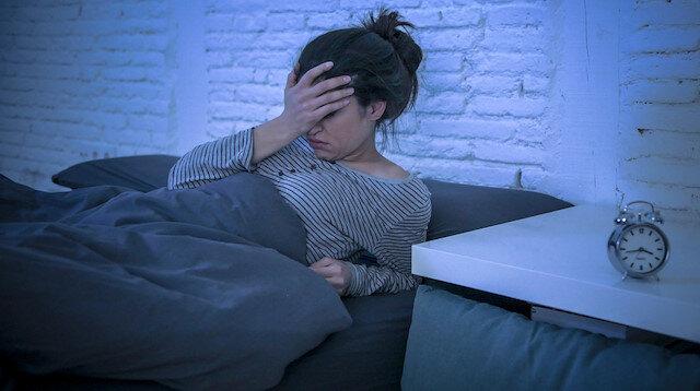 Koronavirüse karşı sağlıklı uyku şart! Uykusuzlukla baş etmenin 12 etkili yöntemi