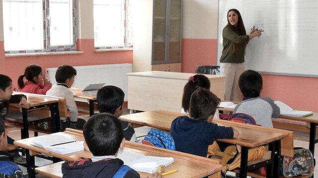 MEB sözleşmeli öğretmen atama kontenjan listesi ile atama takvimini yayımladı