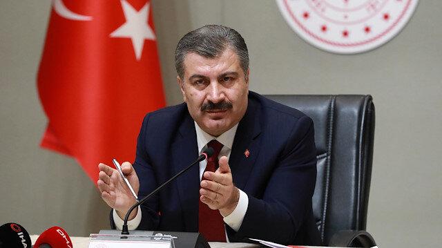 Sağlık Bakanı Koca: Bir kişi 16 kişiye virüs bulaştırabiliyor