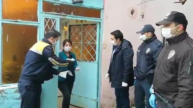 Bin TL'lik sosyal yardımlar evlerde teslim edilmeye başlandı