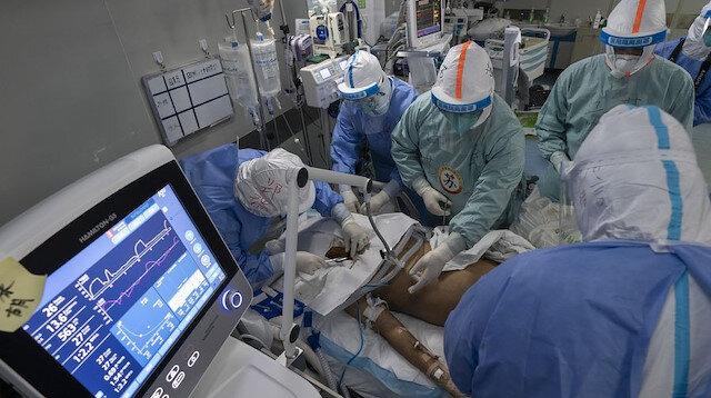 Vuhan'da tedavi gören koronavirüslü hasta 2 ay sonra solunum cihazından kurtulup iyileşti