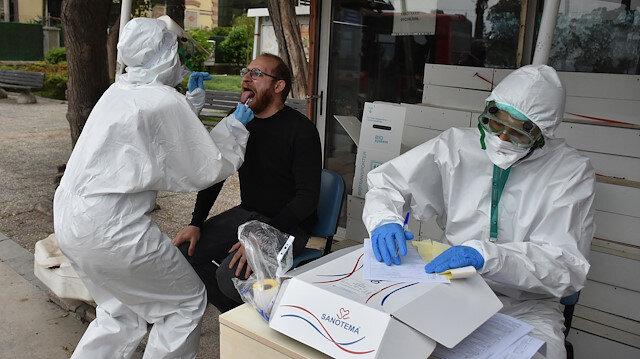 İzmir'de sokakta koronavirüs testi yaptılar: İl sağlık müdürlüğü böyle bir uygulamanın olmadığını söyledi