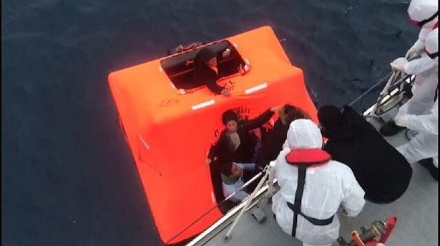 Yunan askeri ölüme terk etti, Sahil Güvenlik kurtardı