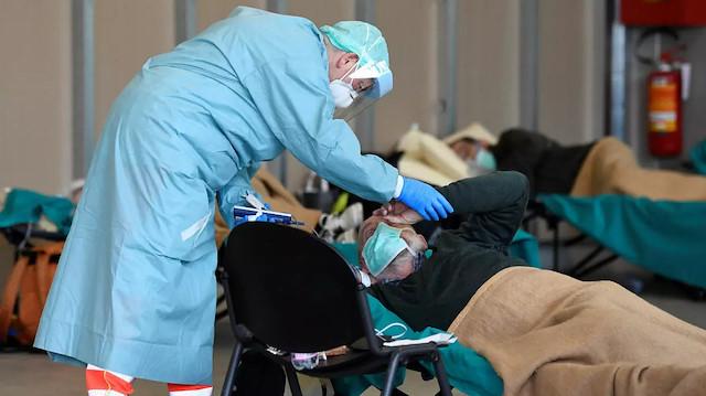 İtalya'da koronavirüsten ölenlerin sayısı 17 bini geçti