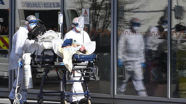 Fransa'da koronavirüsten ölenlerin sayısı 10 bini geçti
