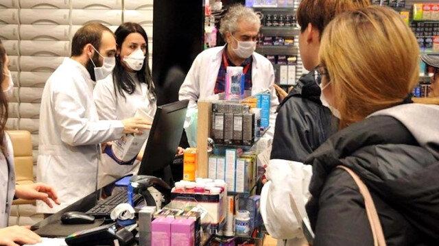 İstanbul'da eczaneler bedava maske dağıtacak