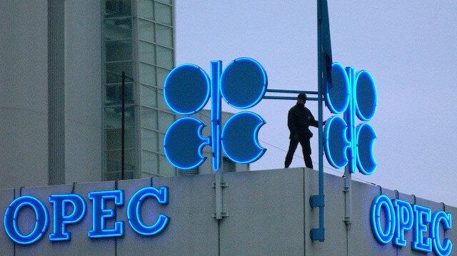 Kritik toplantı öncesi petrol fiyatları yükseldi