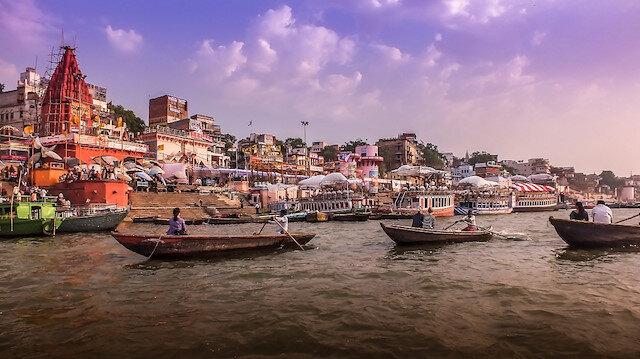 Ganj nehri kıyısında hayat ve ölüm: Varanasi