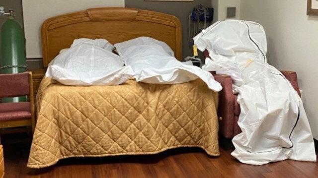 ABD'de bilanço ağırlaşıyor: Cesetler hastane personellerinin odasına konuldu
