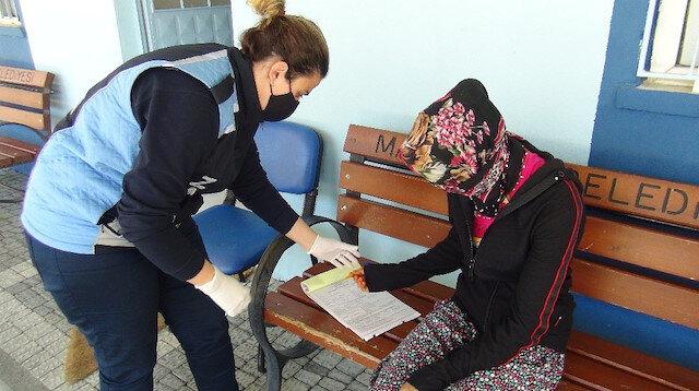 """Kadın dilenci 3 günde 10 bin 26 TL ceza aldı: """"Yine dileneceğim"""" dedi"""