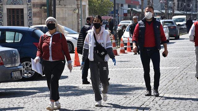 Siyah maskelerle ilgili kritik uyarı: Ancak süs olur