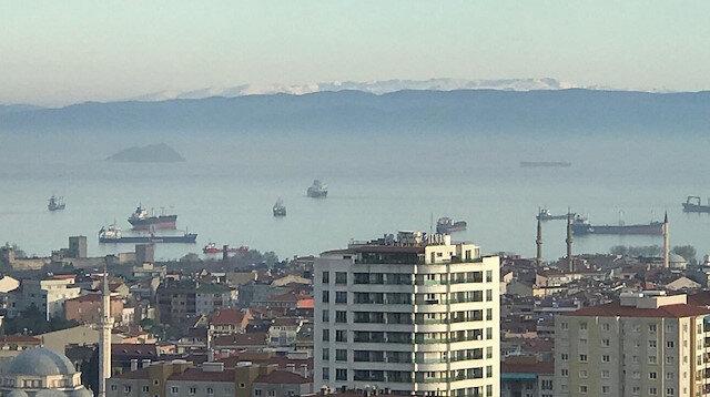 Koronavirüs tedbirleri hava kalitesini artırdı: Uludağ, İstanbul'dan göründü