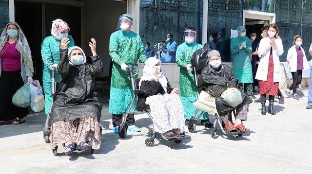 75 yaş üstü üç hasta koronavirüsü yenip taburcu oldu