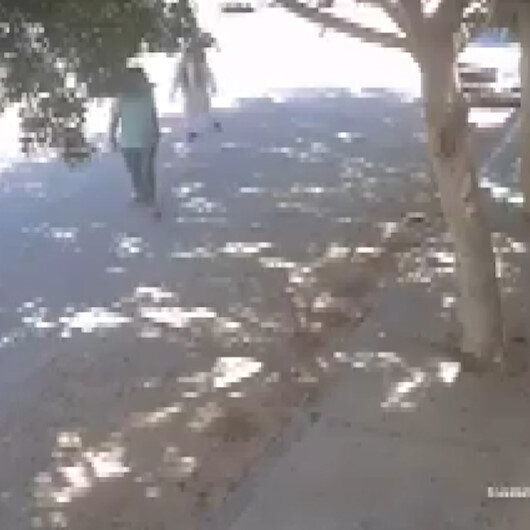Hafter güçlerinin sivilleri bombaladığı anlar kamerada
