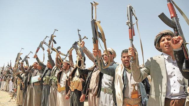 Şii Husilerin Yemen'deki zulmü ayyuka çıktı
