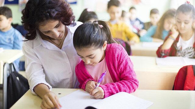 MEB: Sözleşmeli öğretmenlik başvuruları elektronik ortamda yapılacak