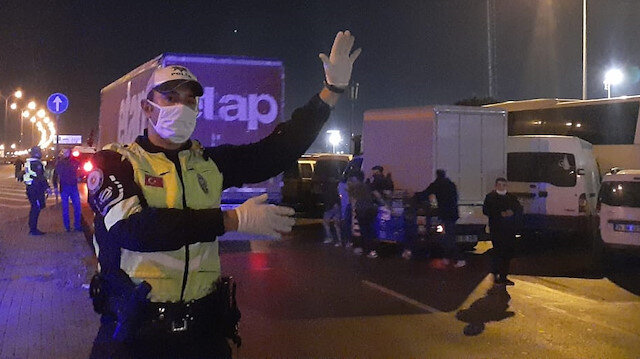 Bayrampaşa halinde yoğunluk önlemi: 160 polisle denetlediler