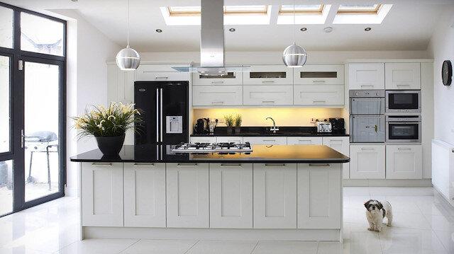 En kolay temizlik: Mutfak dolapları nasıl temizlenir?