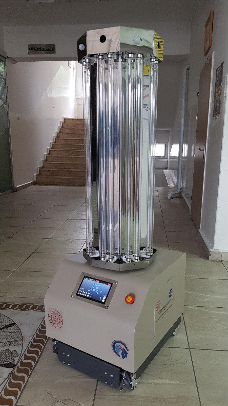 Yenimahalle Şehit Mehmet Şengül Mesleki ve Teknik Anadolu Lisesi'nin geliştirdiği robot.