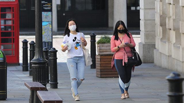 İngiltere'de koronavirüs kaynaklı 384 kişi daha hayatını kaybetti