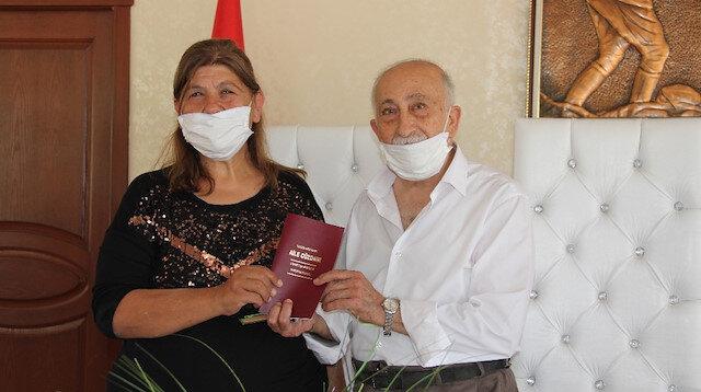 Burhan amca 30 yıl önce ayrıldığı eşiyle yenide nkavuştu