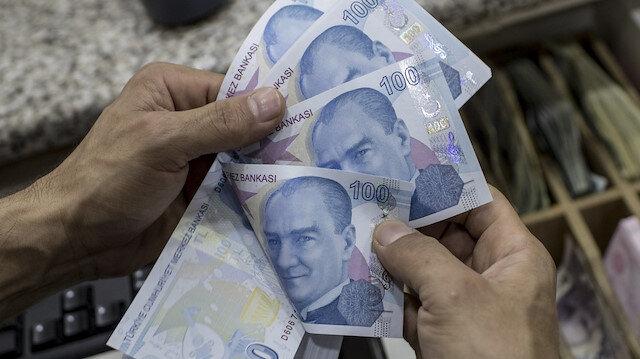 Bütçe nisanda 43,2 milyar lira açık verdi