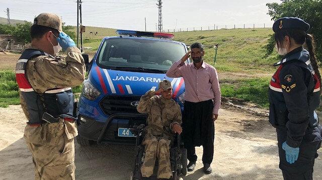 Malatya'da engelli gencin üniforma hayalini jandarma gerçekleştirdi
