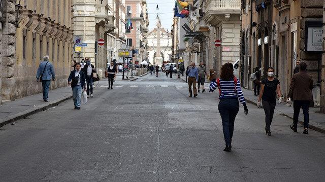 AB üyesi 11 ülke, Birlik içinde seyahat ve dolaşım özgürlüğünü görüştü