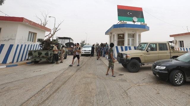 Libya ordusunun Vatiyye Üssü'nü Hafter milislerinden geri alması dünya basınında
