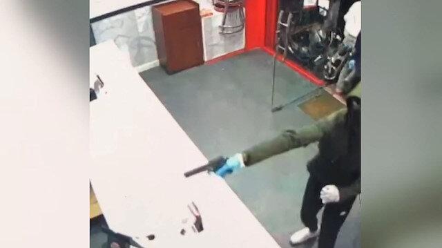 İngiltere'de kebapçı dükkanına silahlı saldırı: Ölü taklidi yaparak kurtuldular