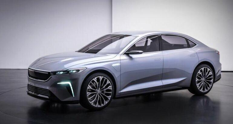 Geçtiğimiz yıl aralık ayında tanıtımı yapılan yerli otomobilin sedan modeli.