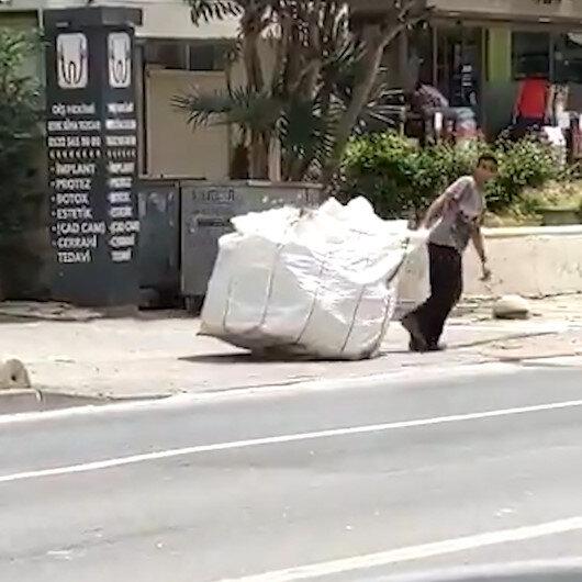 Kadıköyde zabıta ekipleri kağıt toplayıcısının arabasına el koydu