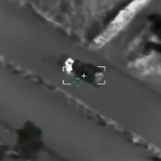 Libya ordusu Hafterin hava savunma sistemlerinin SİHAlarla vurulma görüntülerini paylaştı