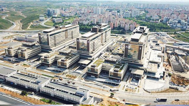 Başakşehir Şehir Hastanesi bugün açılıyor: Törene Erdoğan ve Şinzo Abe katılacak