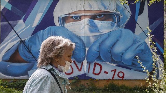 Rusya'da korkutan gelişme: Koronavirüs ölümleri 3 bini geçti