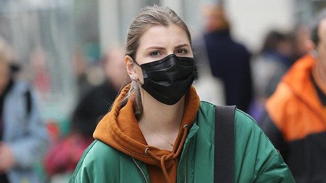 Bilim Kurulu Üyesi'nden 'maske' açıklaması: 2021 başına kadar takılacak