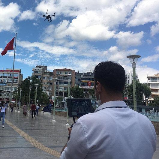 Maske takmayanlar drone ile tespit edilip uyarıldı