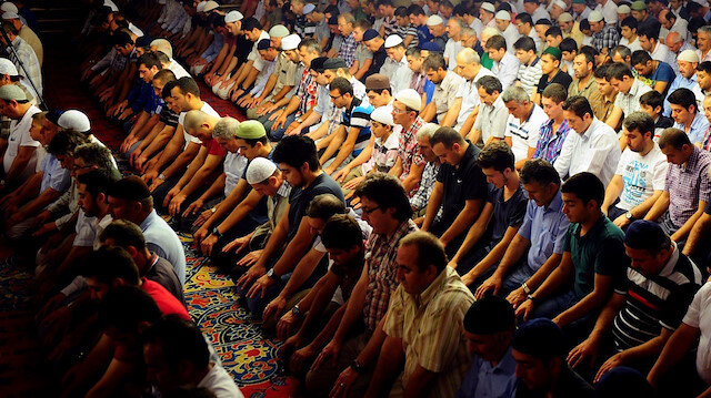 İçişleri Bakanlığı açıkladı: 29 mayıstan itibaren camilerde öğle, ikindi ve cuma namazları kılınabilecek