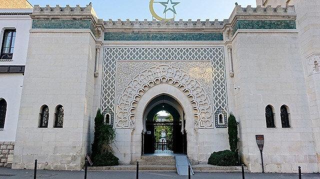 Fransa'da ibadethanelerin yeniden açılmasına izin verildi
