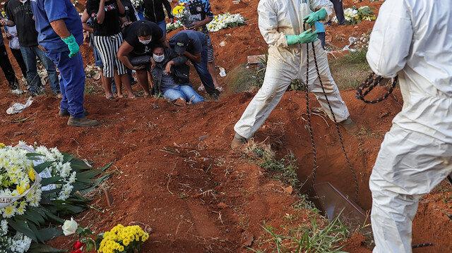 Brezilya'da koronavirüs nedeniyle ölenlerin sayısı 21 bin 48'e yükseldi