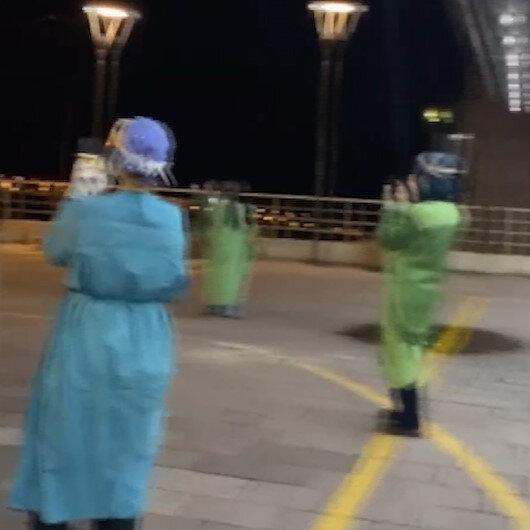 Sağlık çalışanlarına hastane önünde tasavvuf konseri