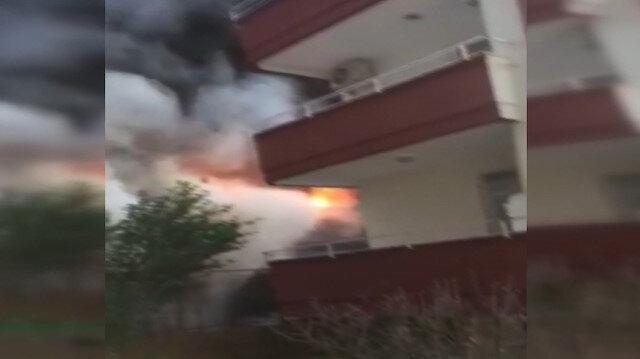 Alanya'da bir evin zemin katında çıkan yangın paniğe sebep oldu