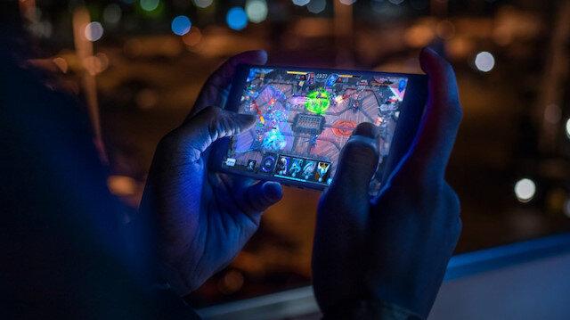 Sokağa çıkma kısıtlamasıyla talep arttı: Günde yaklaşık 2,5 saat mobil oyunda geçti