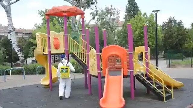 Bahçelievler'de parklar çocuklar için dezenfekte edildi