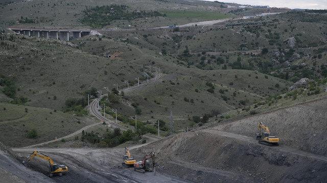 Bakan Karaismailoğlu: Ankara-Sivas YHT projesinin bu yıl hizmete alınması için çalışmalar sürüyor