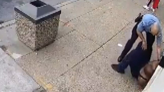 ABD'de polisin boğarak öldürdüğü siyahi genç olayıyla ilgili yeni görüntüler ortaya çıktı