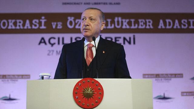 Cumhurbaşkanı Erdoğan: Her üç kahraman da idam sehpasına gurur ve inançla yürüdü